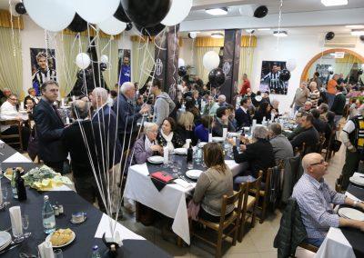 Soci alla festa del quarantesimo anniversario JC Montevarchi